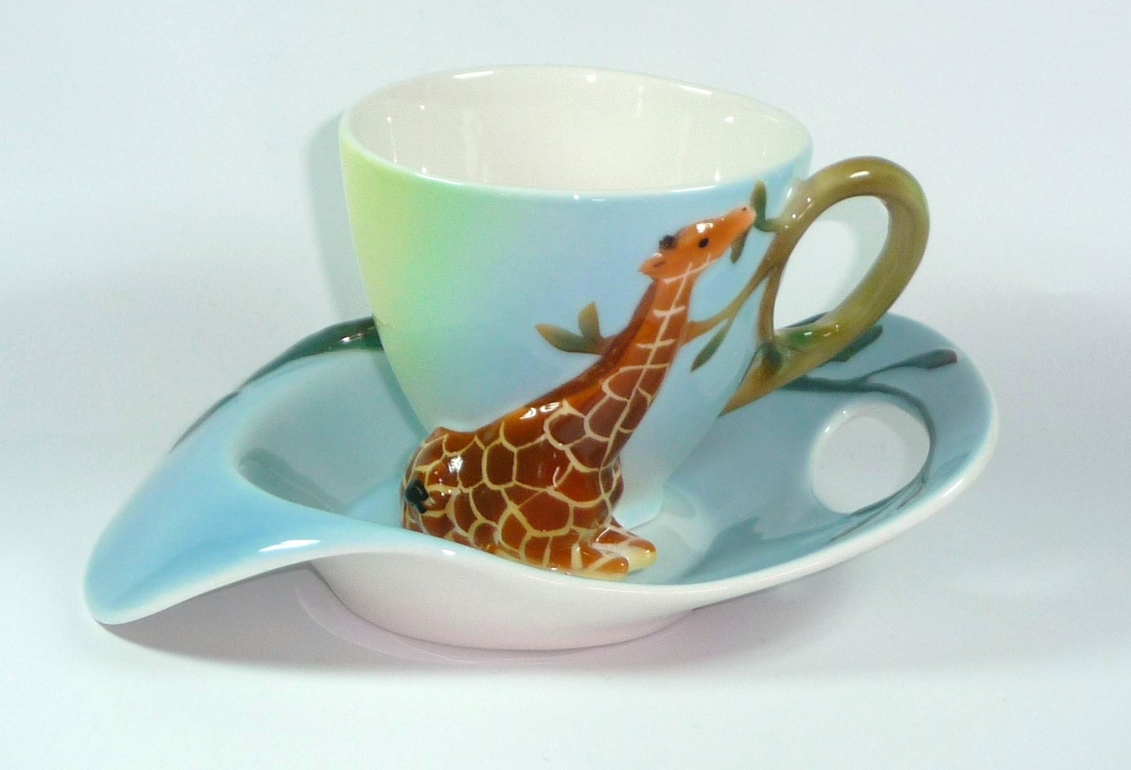 tasse mit untertasse 1253 manufaktur pozellan giraffe. Black Bedroom Furniture Sets. Home Design Ideas